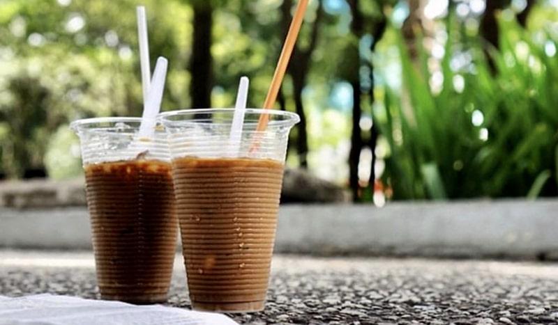Hẹn hò cafe bệt ở Sài Gòn