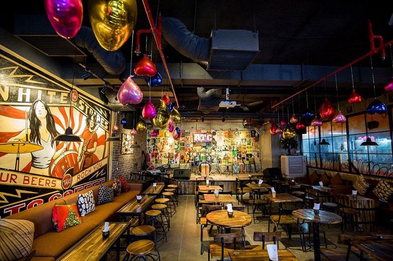Quán cafe nhạc sống ở Sài Gòn về đêm