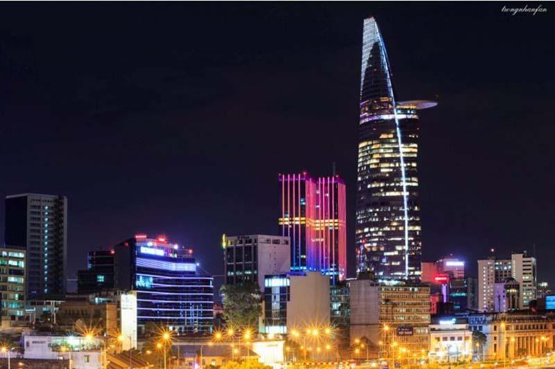 Saigon Skydeck nằm chót vót tại tòa nhà cao nhất thành phố