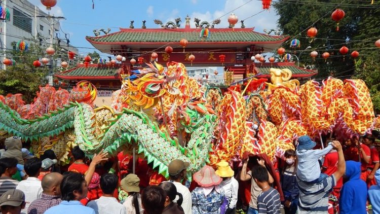 Tết Nguyên Đán ở miền Nam có những lễ hội nào?