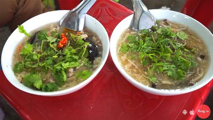 Súp Cua Trứng Bắc Thảo là món ăn phù hợp cho cuối tuần ở Sài Gòn