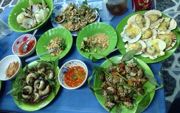 Ốc Tuyết là món ăn phù hợp cho cuối tuần ở Sài Gòn