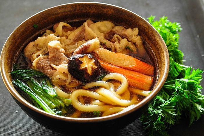 Mì Udon là món ăn phù hợp cho cuối tuần ở Sài Gòn