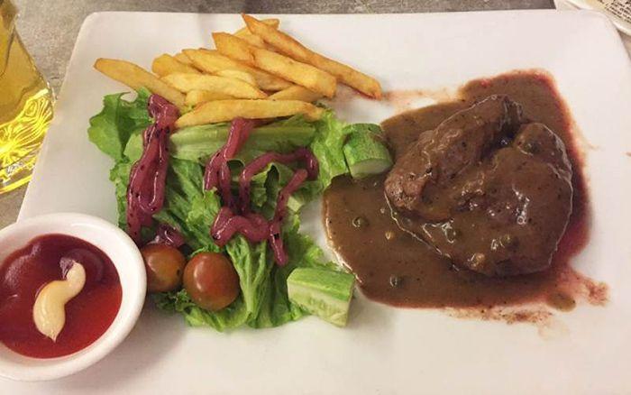 Beefsteak Titi là món ăn phù hợp cho cuối tuần ở Sài Gòn