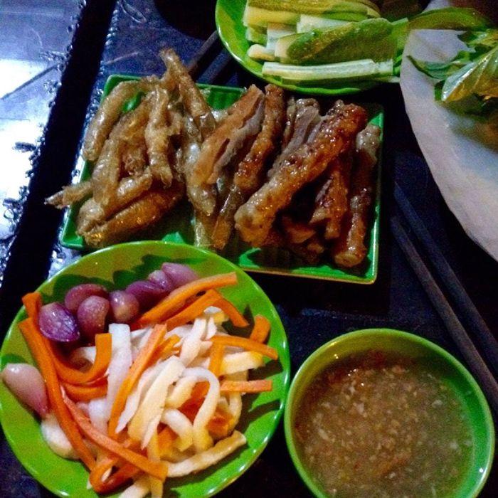 Saru - Nem Nướng là món ăn phù hợp cho cuối tuần ở Sài Gòn