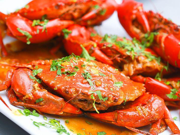 Các món ăn từ cua là món ăn phù hợp cho cuối tuần ở Sài Gòn