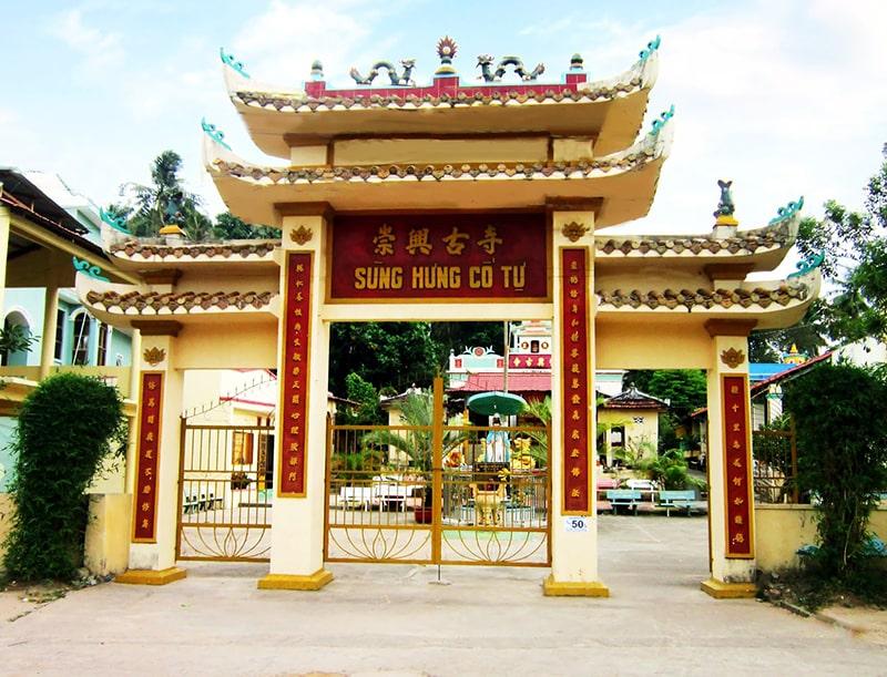 Ngôi chùa Hùng Long Tự nổi tiếng ở Phú Quốc