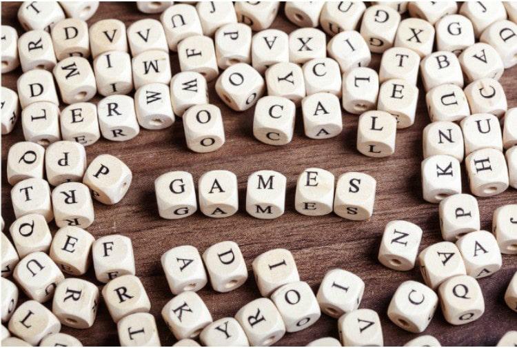 Trò chơi chữ cái giúp các bé trau dồi từ vựng và rèn luyện phản xạ