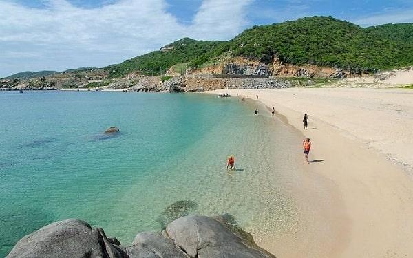 Bãi Kinhlà 1 trong những bãi biển đẹp nhất ở Ninh Thuận